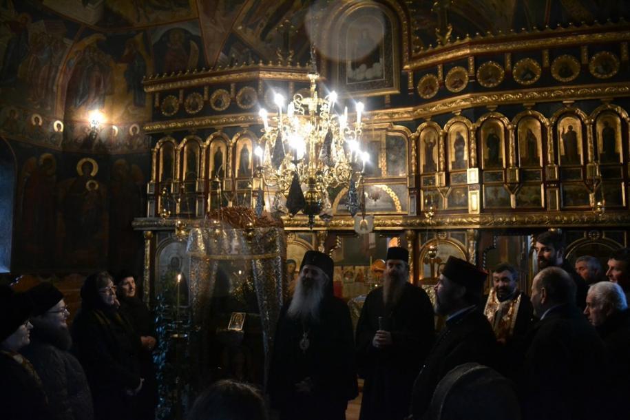 Părintele Mitropolit vizitat și Parohia Frumușica, păstorită de părintele Ioan Florin Vamanu/ Foto: Lucian Ducan