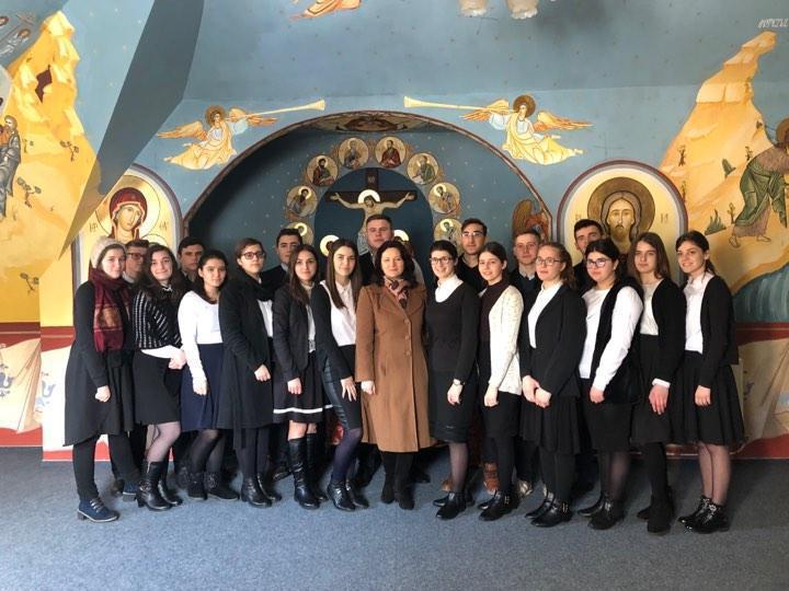Echipajul Seminarului Teologic de la Mănăstirea Neamț - foto: semmnt.ro