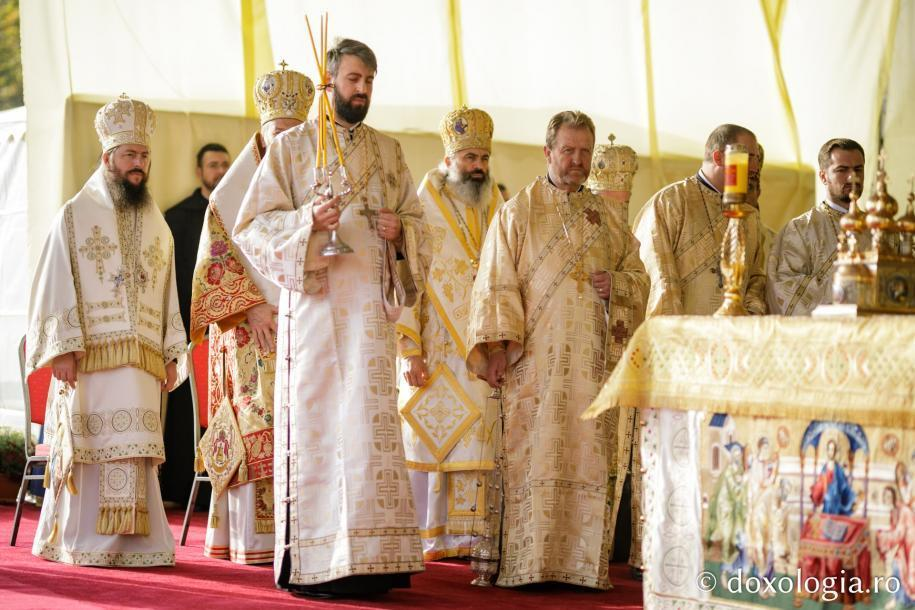 Foto: Constantin Comici / Sfânta Liturghie a Hramului Cuvioasei Parascheva